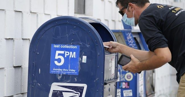 Nate Silver uses data to bust The Lincoln Project's conspiracy theory on the USPS and sorting machines thumbnail